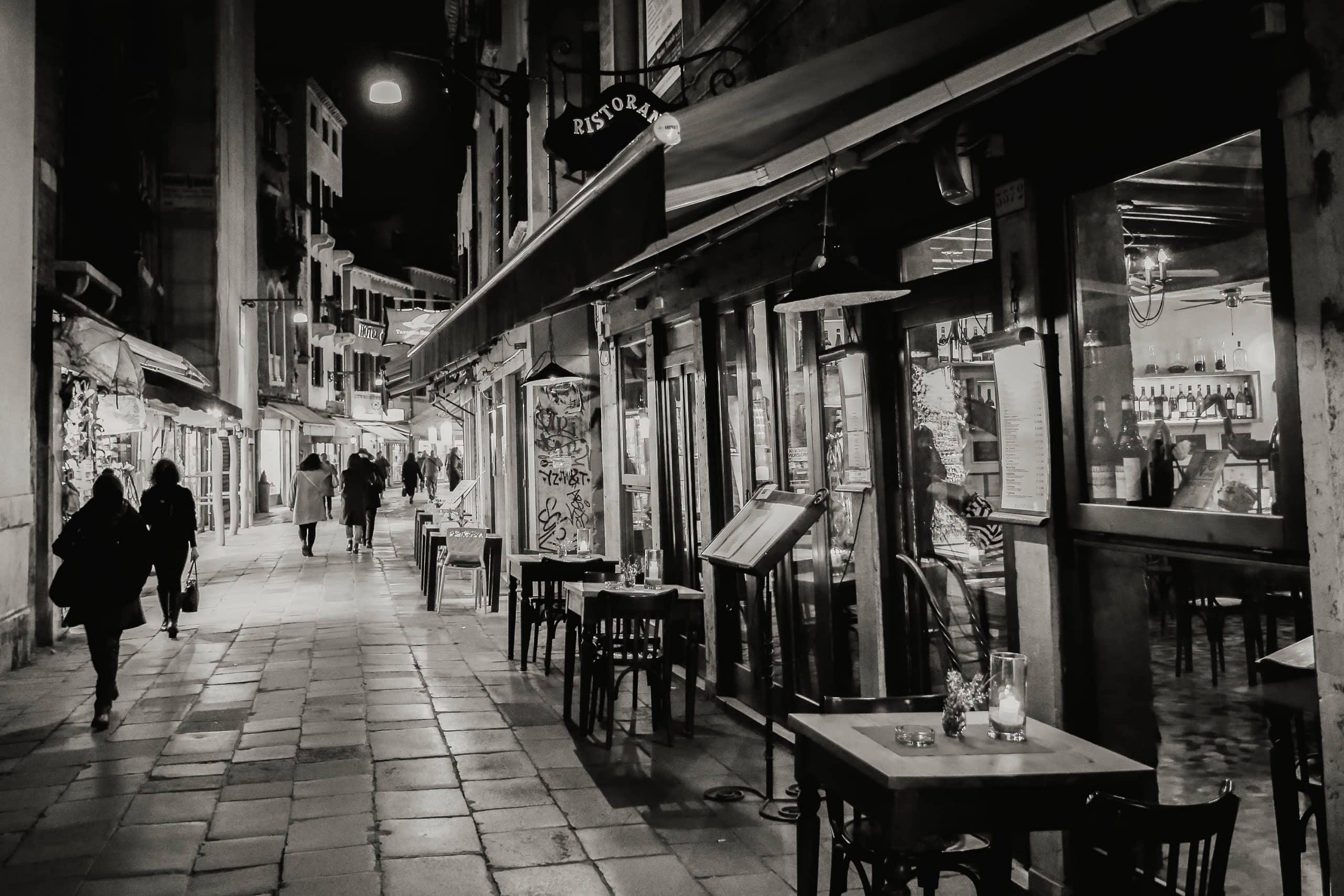 Narrow,Street,In,Venezia,At,Night.,Black,And,White,Photo.